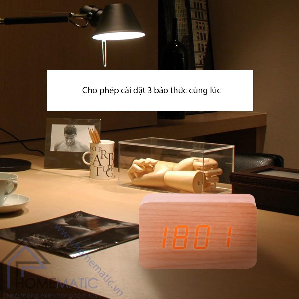 đồng hồ led vỏ gỗ cảm ứng chạm