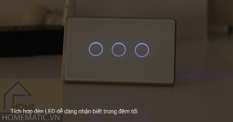 cong-tac-wifi-smart-life-sk3v-nut-bam-co-den-led